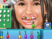 Emmauelle Chriqui al dentista